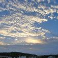 朝陽に照らされる雲